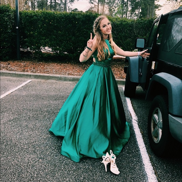 Sherri Hill Dresses | Green Prom Dress Size 6 | Poshmark